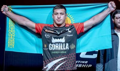 Казахстанский нокаутер впервые в карьере провел больше четырех минут в бою и одержал очередную победу в лиге Хабиба