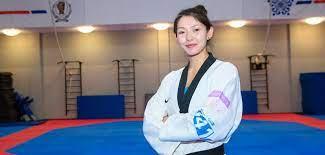 Казахстанская таеквондистка завоевала золото на втором международном турнире подряд